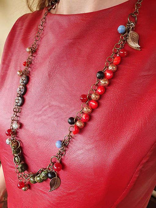 Collana in metallo con pietre dure e naturali