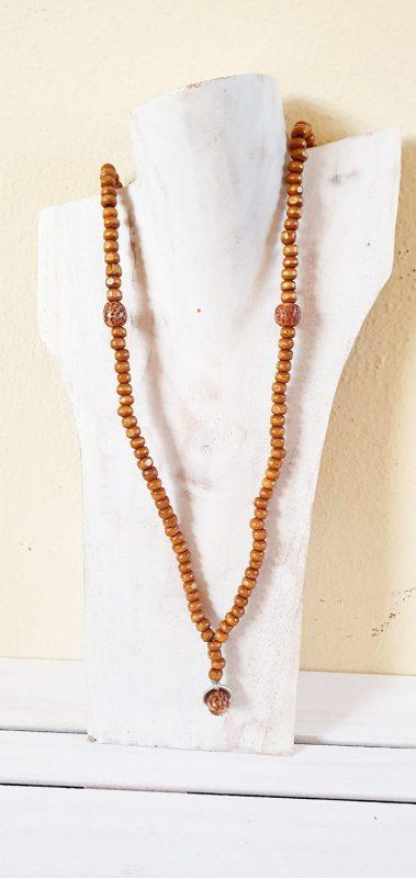 Collana perline in legno uomo