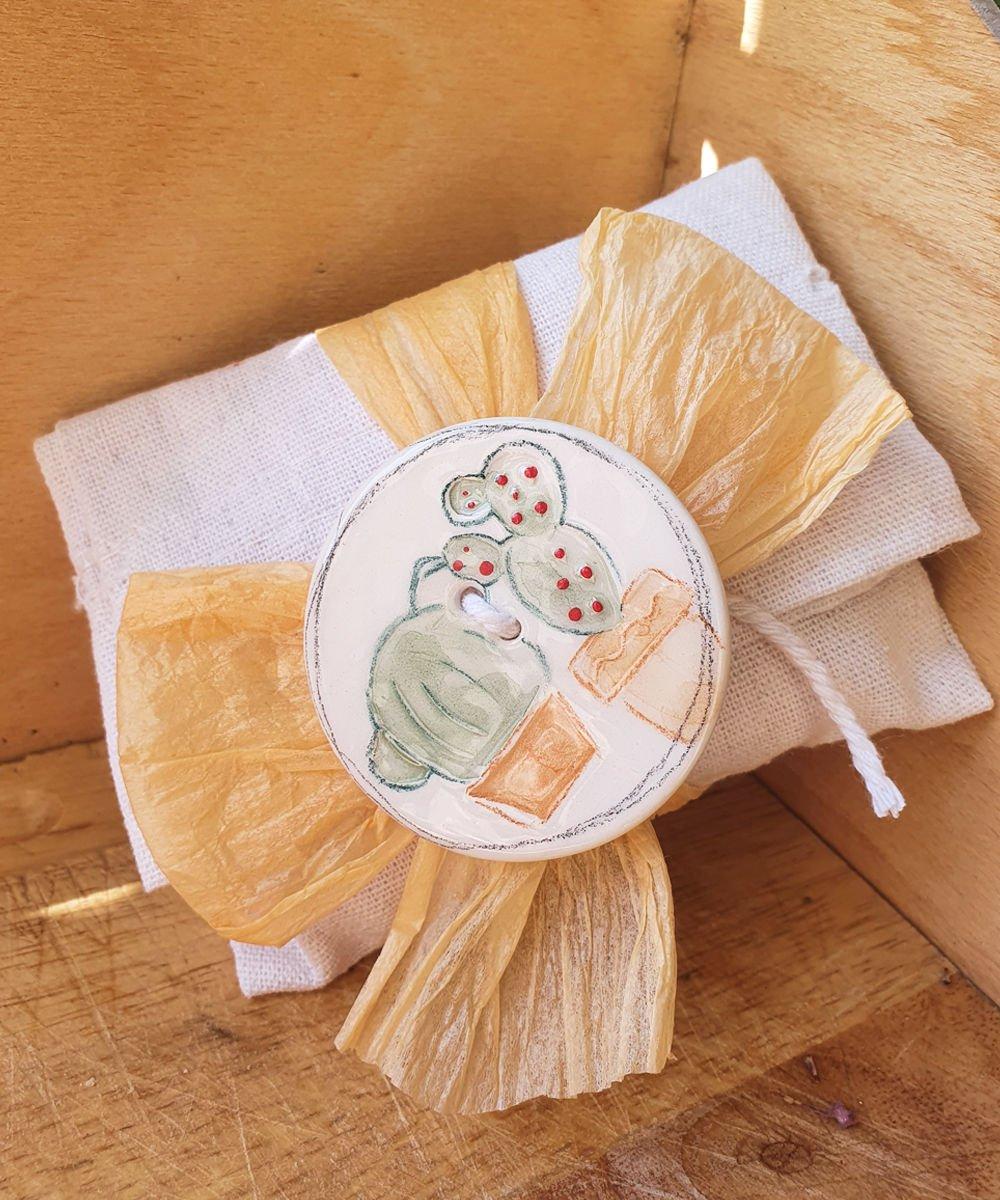 bomboniera sacchetto con cactus in ceramica